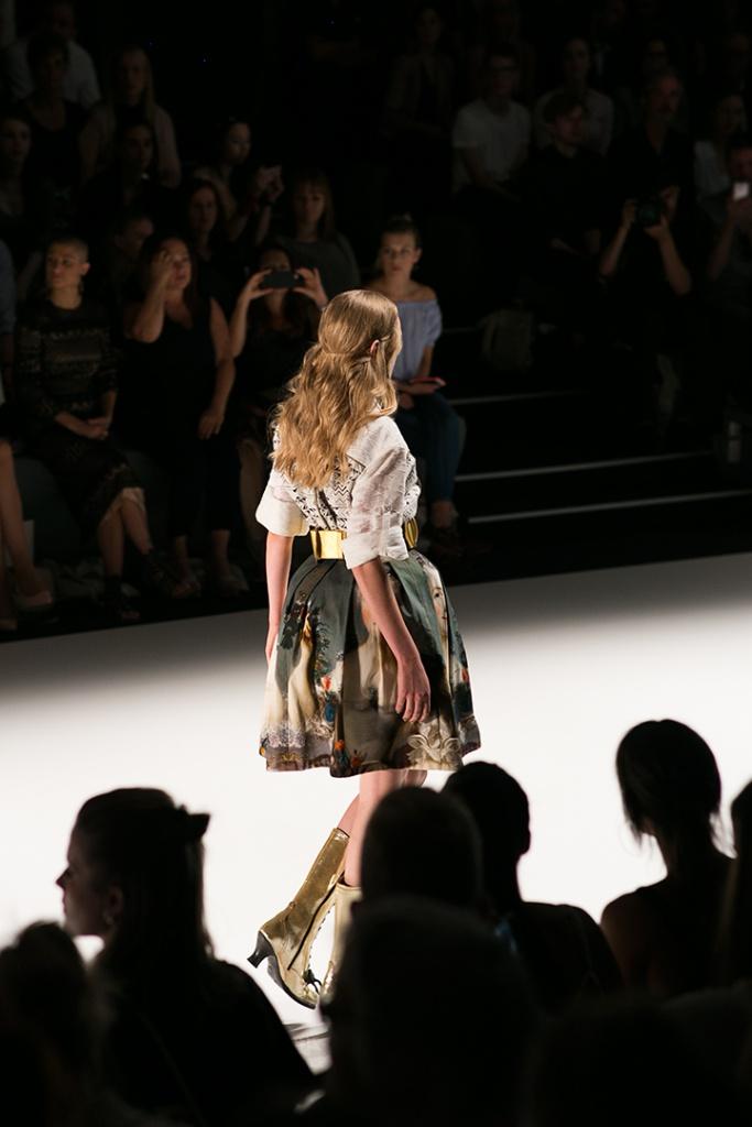 Outfit der aktuellen Rebekka Ruétz Kollektion