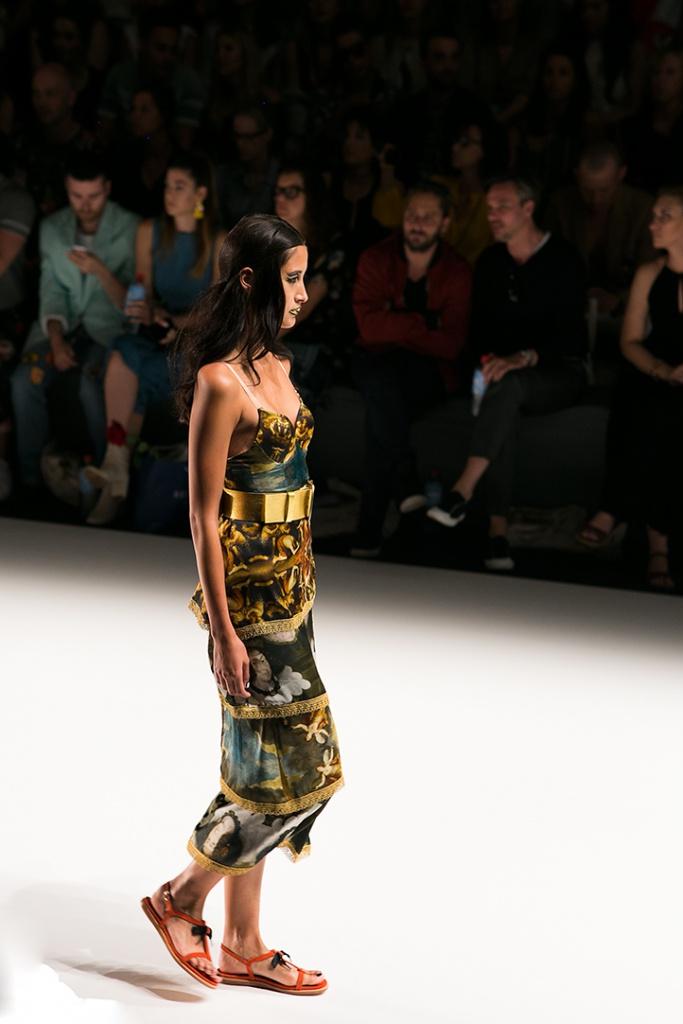 Wunderschönes Kleid von Rebekka Ruetz