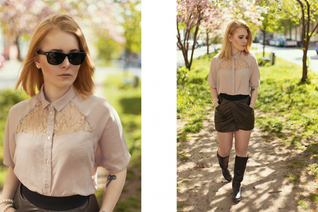 Fotografin Christina Key trägt schwarze Overknees, einen khaki farbenen Minirock und eine wunderschöne Bluse