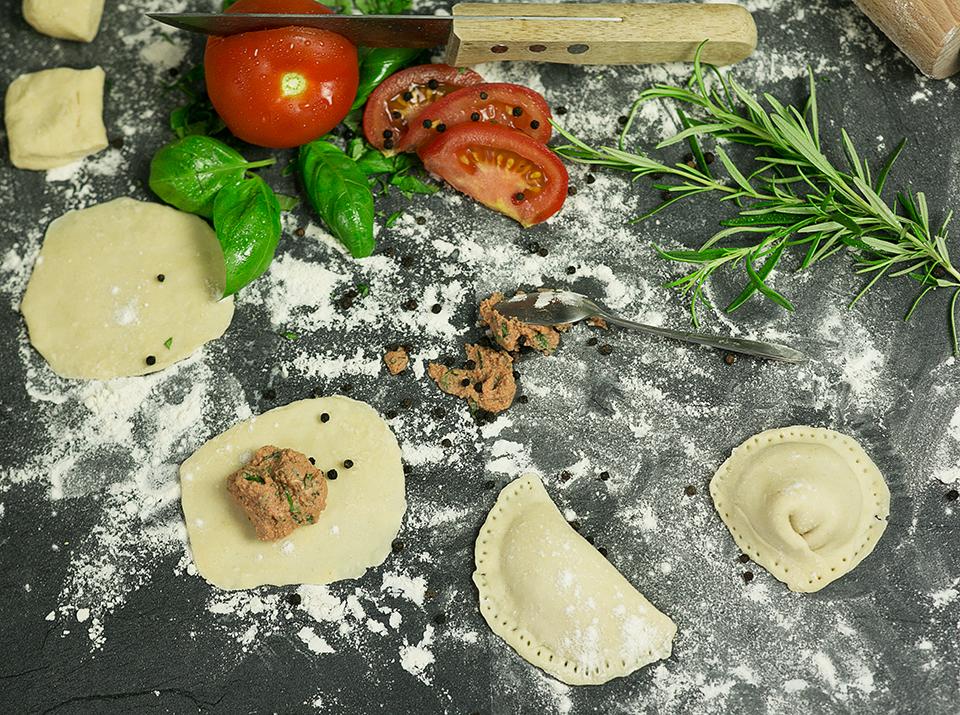 Tortellini Herstellung