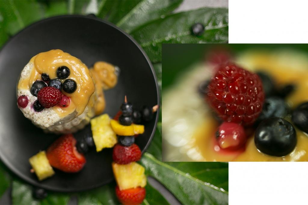 Frische Früchte im Chia Kiwi Pudding
