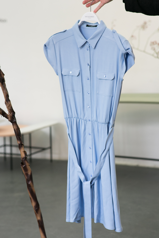 hellblaues-hemdkleid-ilse-jacobsen