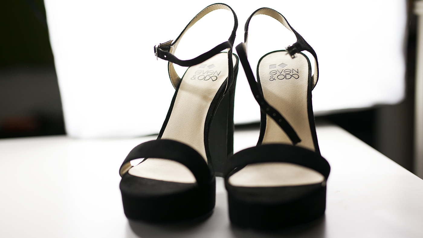Hohe Sandalen schwarz