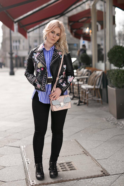 Outfit Streifenbluse Lederjacke