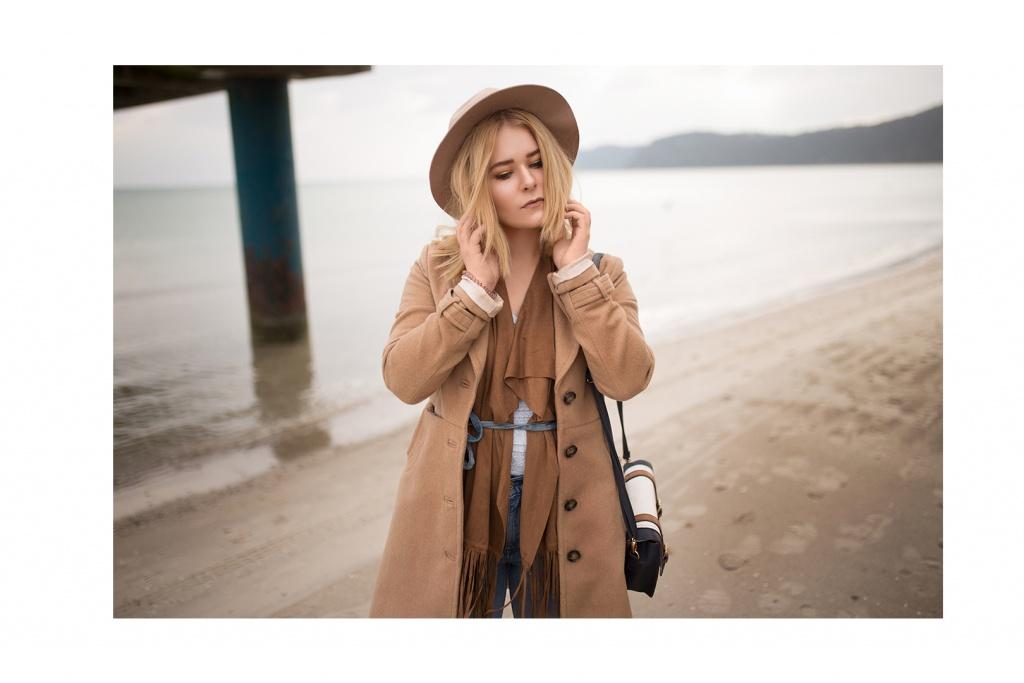 Portrait von Fashion Bloggerin Christina Key an der Ostsee