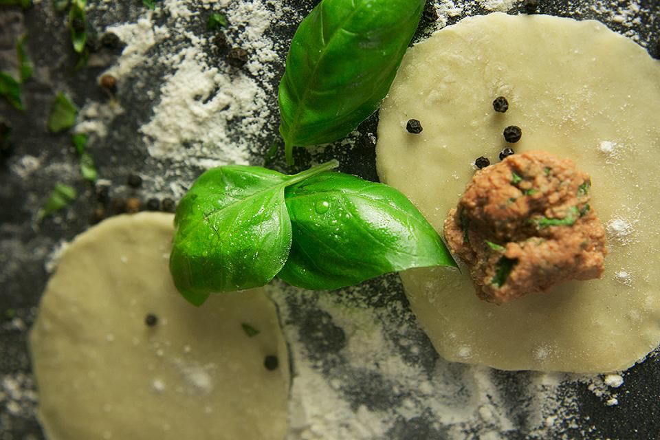 Chanterelles with homemade Tortellini