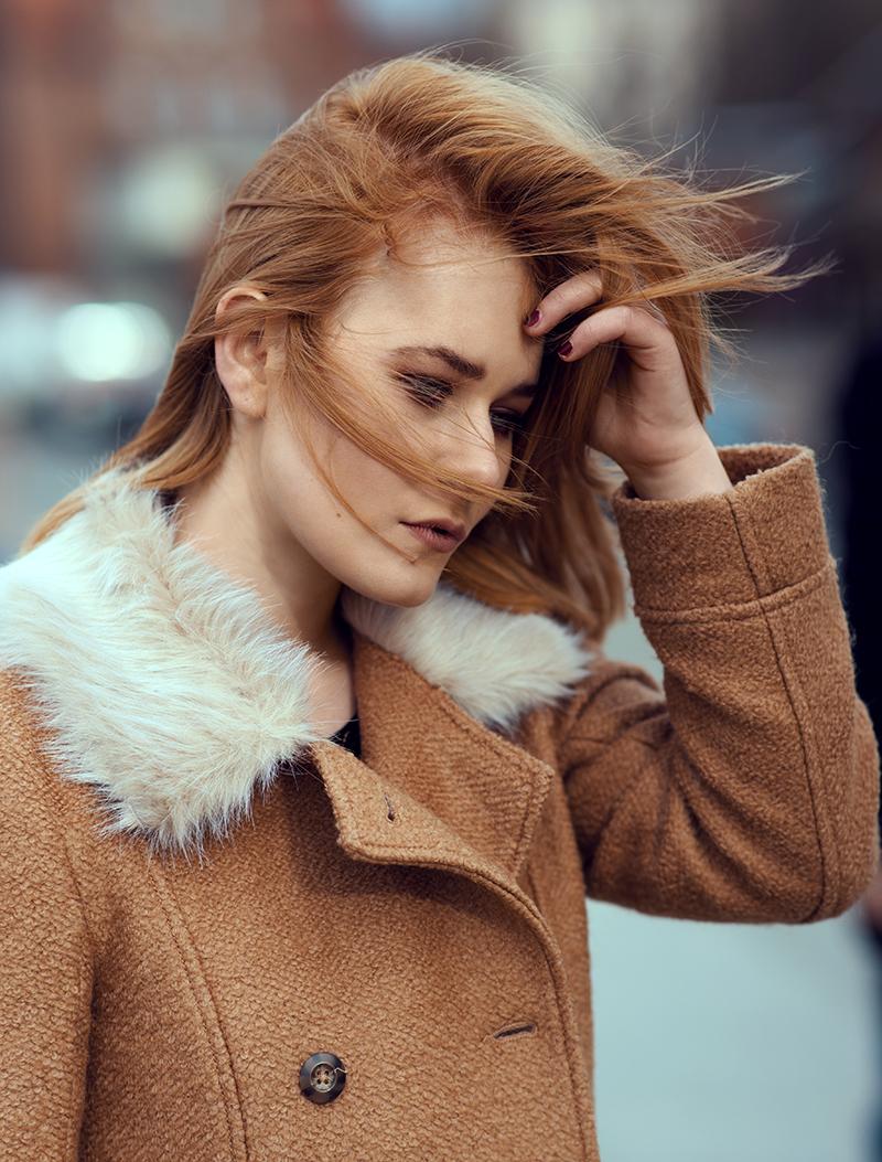 Rote Haare Frau
