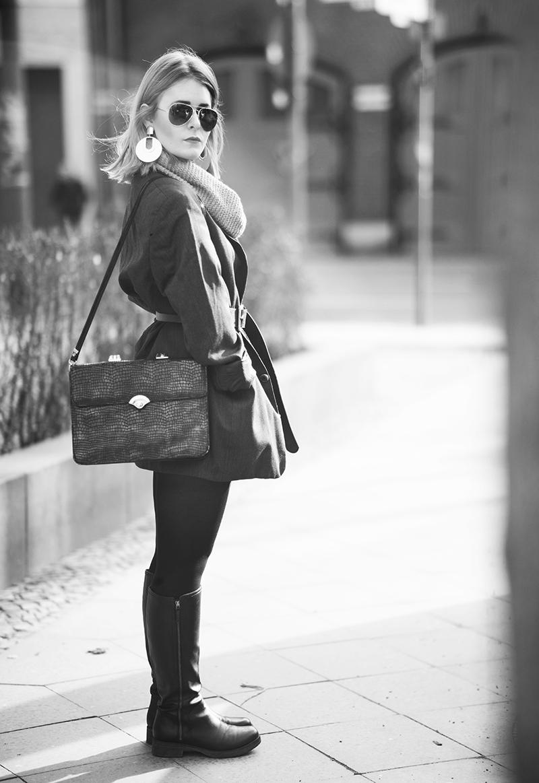 outfit-mit-grauem-mantel
