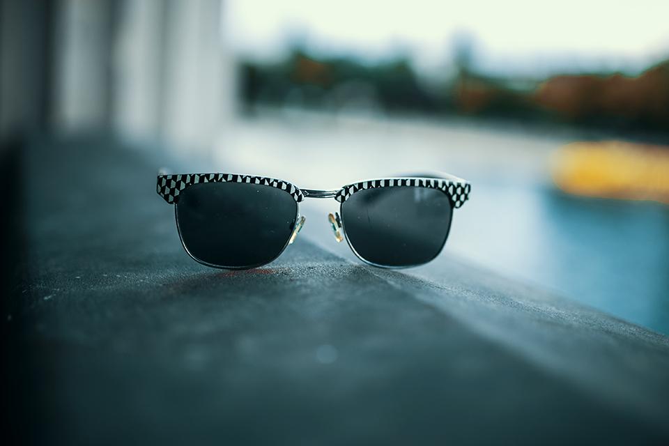 coole-sonnenbrille-kariert
