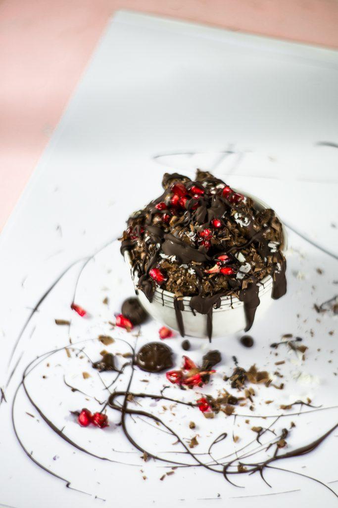 Selbstgemachtes Mousse au Chocolat