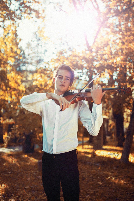 Jonathan Heck Portrait Geige