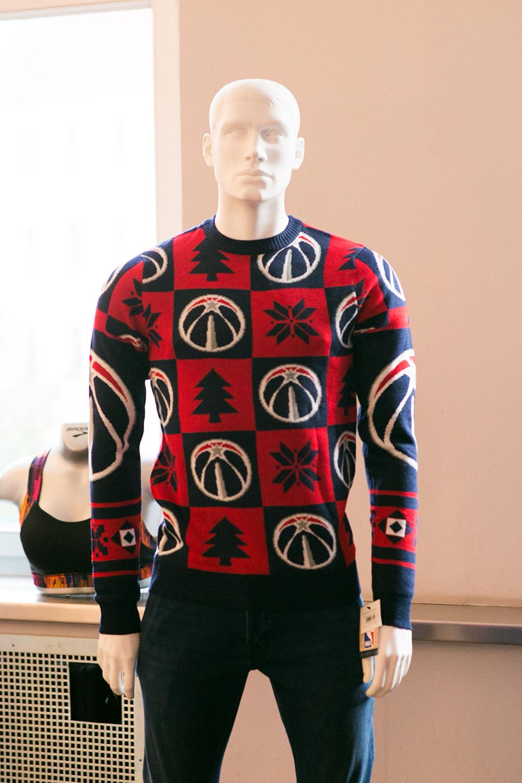nba-weihnachtspullover-rot