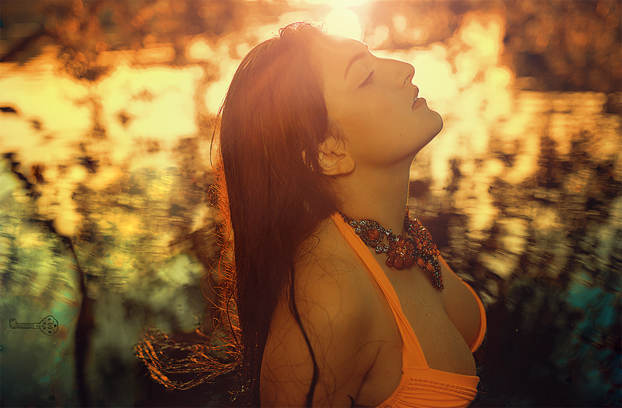 sensual-portrait-woman-in-water-by-christina-key