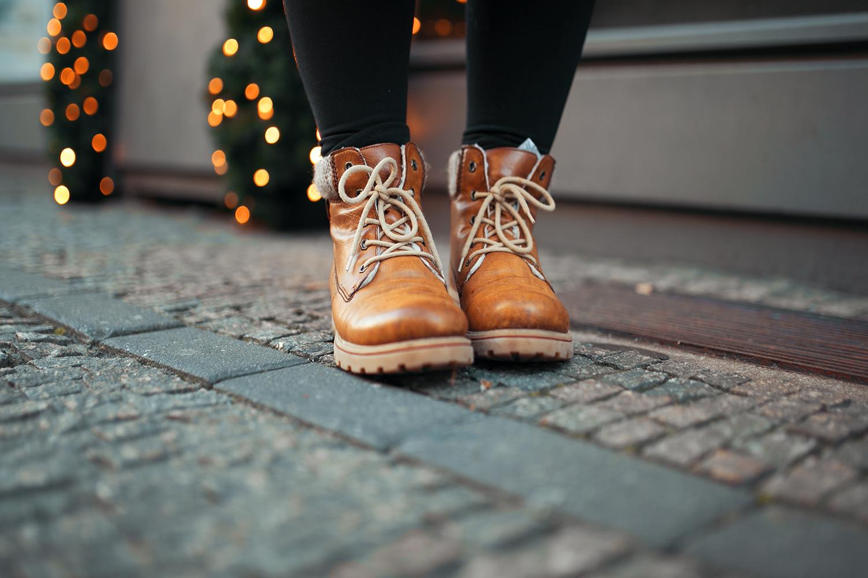 braune-schnuer-boots