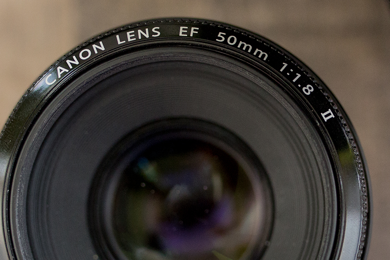 Canon 50mm mit Blende f/1-4