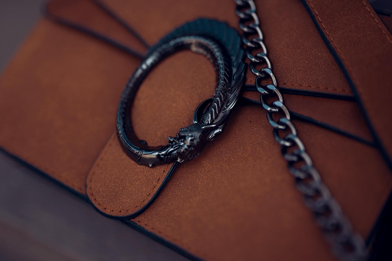 Braune Tasche in Leder Optik