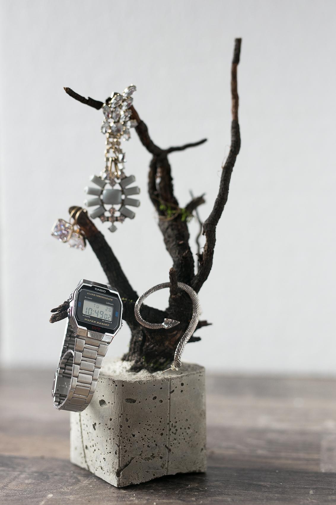 Beton Baum DIY Projekt mit Schmuck