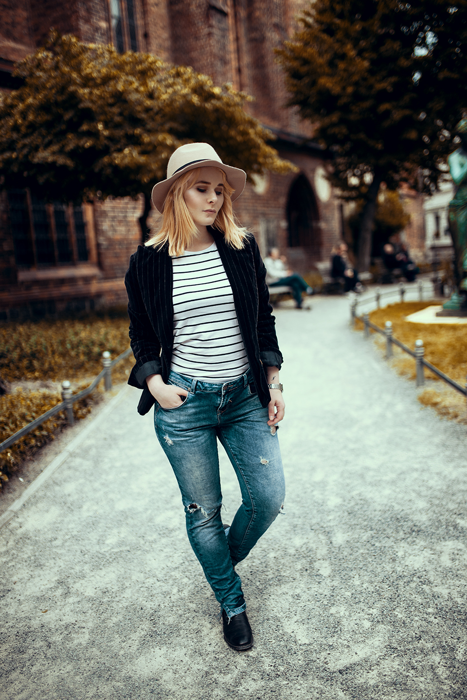 Jeans Samt Blazer Outfit