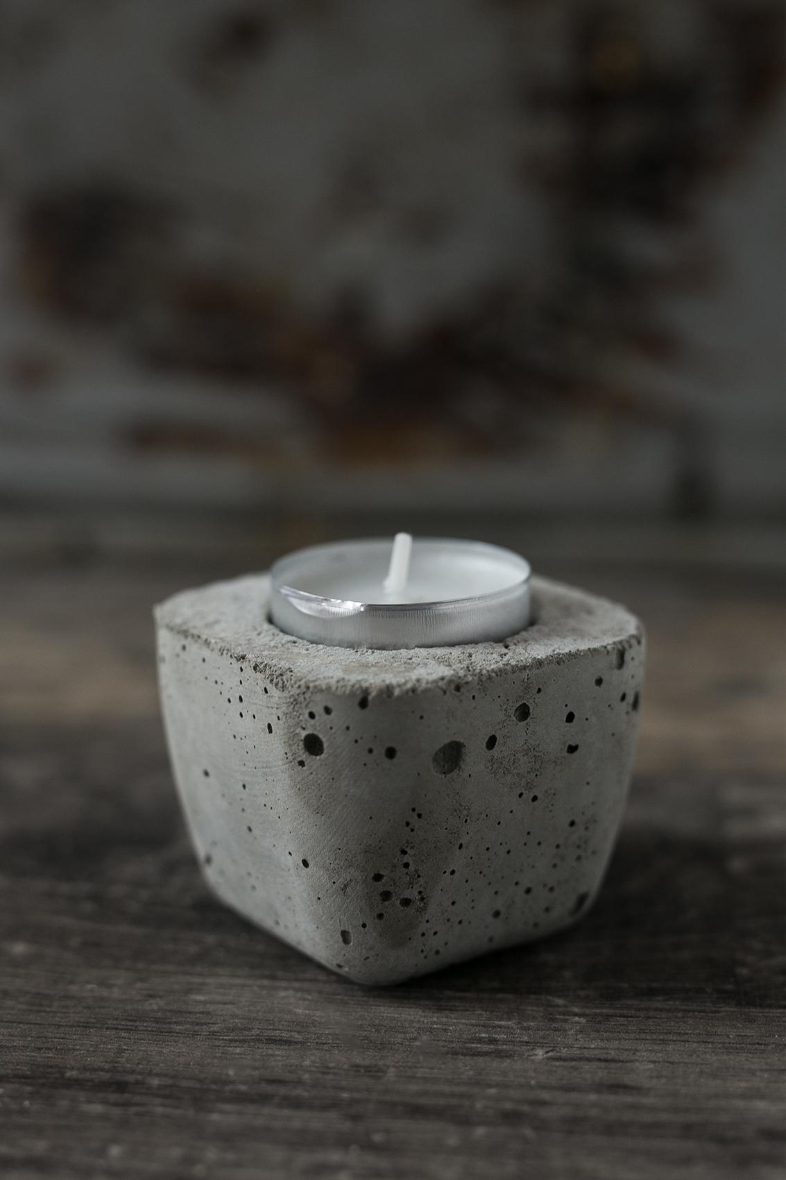 Beton Kerzenhalter für Teelichter und Stabkerzen