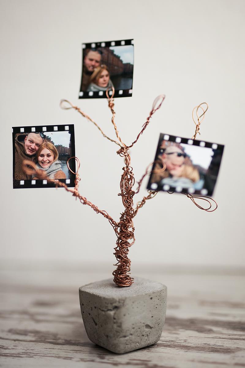 Foto Baum aus Beton