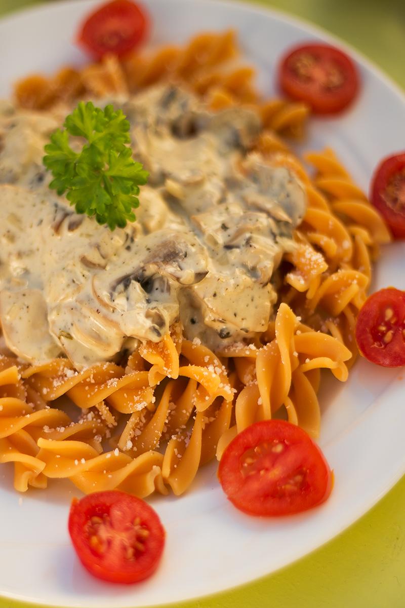 Nudeln mit Weißwein-Pilz-Sauce Rezept
