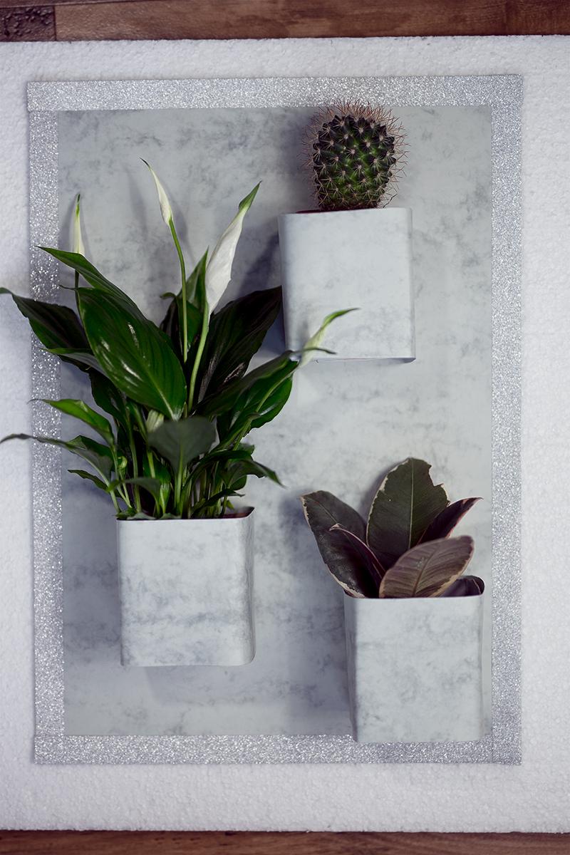 Vertikaler Garten Low Budget Marmor Optik