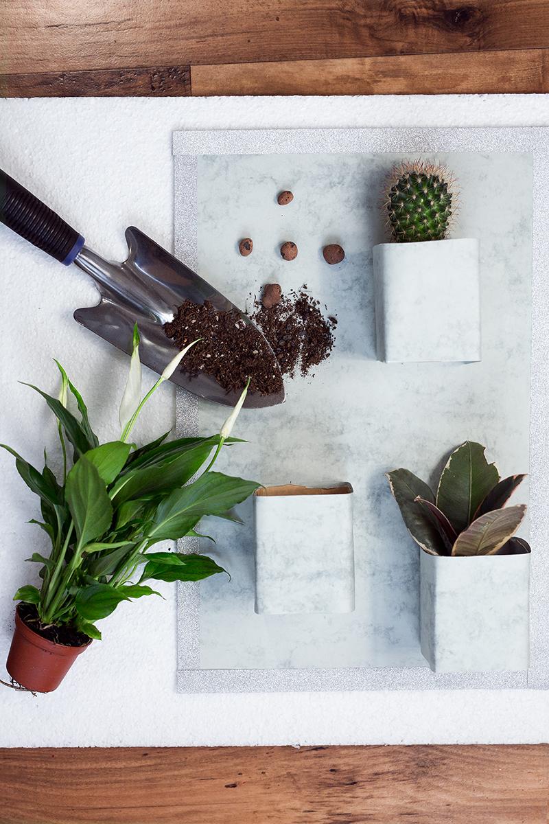 Vertikaler Garten im Marmor Look DIY