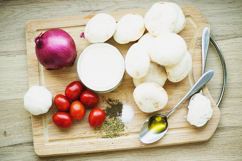 Zutaten für Nudeln mit Weißwein-Pilz-Sauce und Bree Wine Rezept