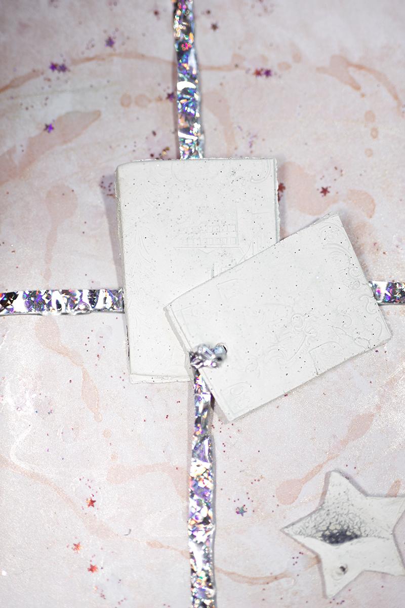 Low Budget DIY Geschenkpapier Rosa