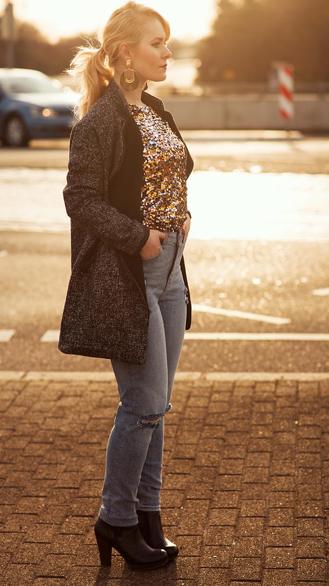 Silvester Outfit für Damen mit Mom Jeans