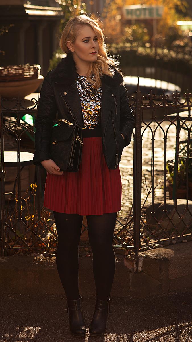 Silvester Outfit für Damen mit buntem Rock