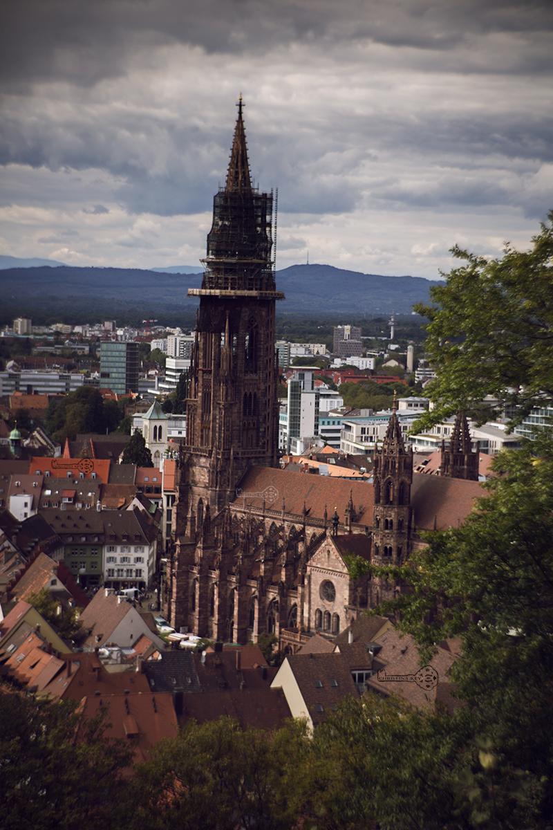 Meine Fotobearbeitung früher vs heute Freiburger Münster heute