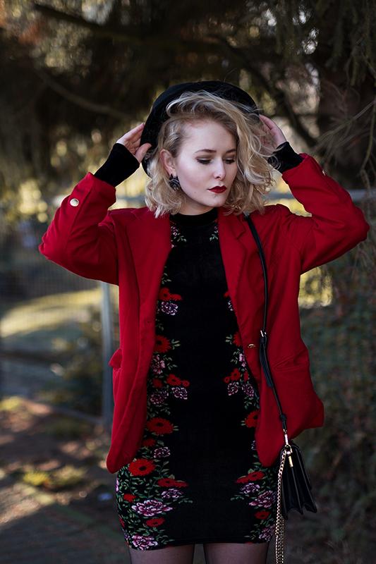 Rot kombinieren & Foto Tipps für Fashion Blogger Fotografie Kleid in rot