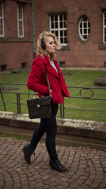 Rot kombinieren & Foto Tipps für Fashion Blogger Rote Jacke