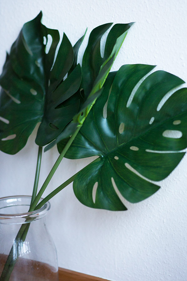 DIY Aquarell Bild Ikea Hack Low Budget Monstera Blätter
