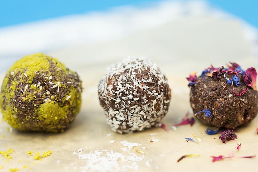 Energy Balls raw gesund und vegan Rezept Endergebnis
