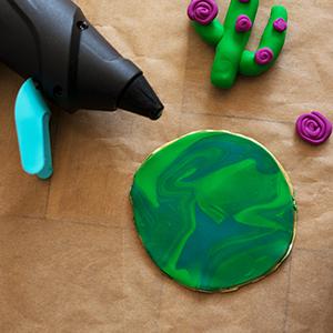 DIY Fimo Schmuckschachtel mit Kaktus Heißkleber