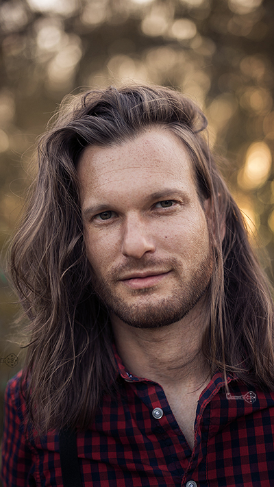Foto Tipps Profi Hautretusche mit Frequenztrennung Männer Portrait
