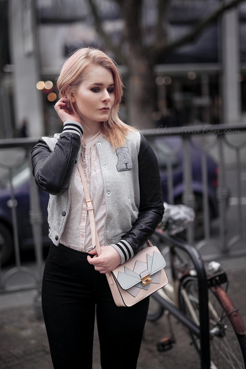College Jacke Damen Outfit Kombinieren Inspiration
