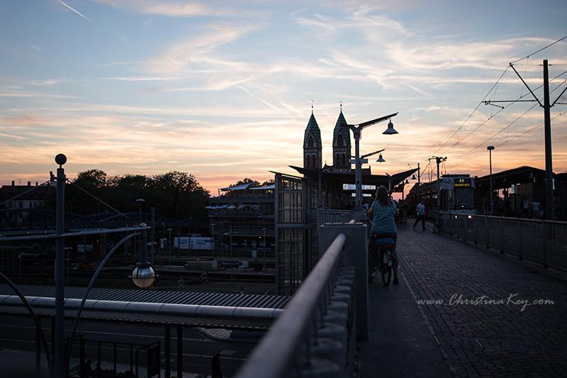 Foto Locations Freiburg Hauptbahnhof Sonnenuntergang