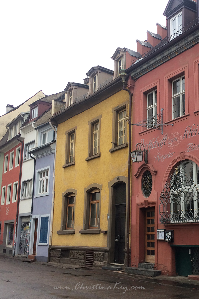 Foto Locations Freiburg Rathausgasse Bunte Häuser