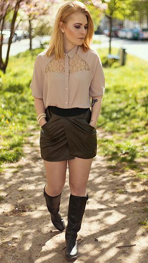 Minirock Outfits Overknees