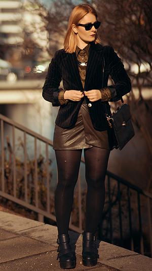 Minirock Outfits Samt Blazer
