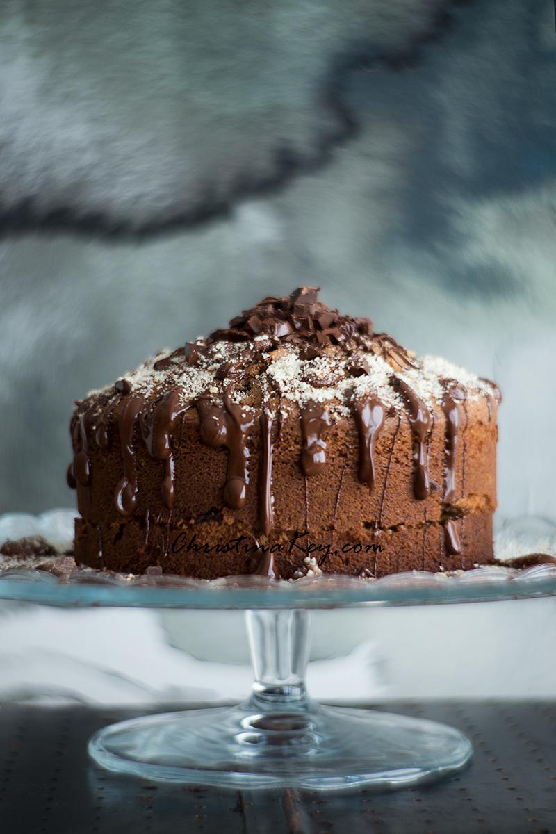 Nusskuchen mit Schokolade