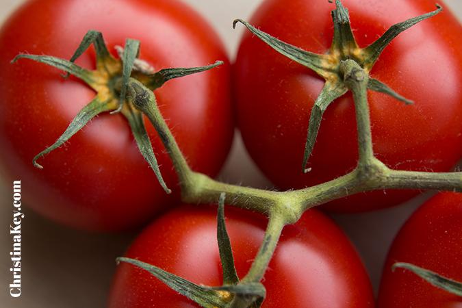 Tomaten pflanzen Anleitung rot und reif