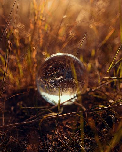 Glaskugel-Fotografie Glaskugel bei Gegenlicht