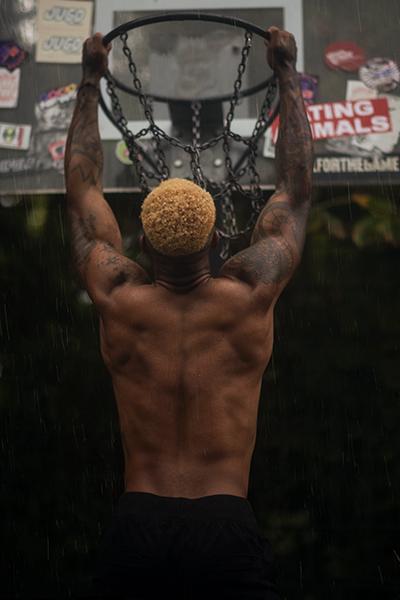 Regenshooting Portraits von Mann