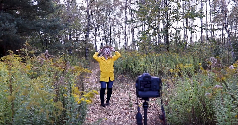 Selbstportraits im Herbst draußen