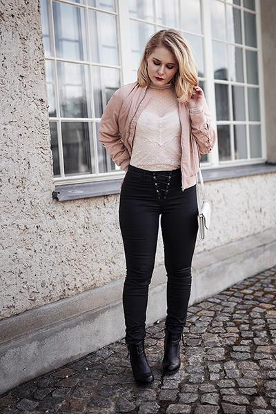 Bomberjacke Outfit