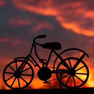 Fahrrad im Gegenlicht Foto